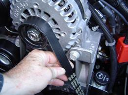 What Does A Serpentine Belt Do >> Serpentine Belts