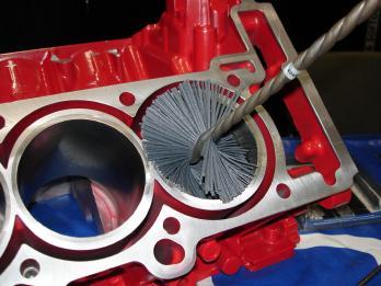 Engine Cylinder Honing